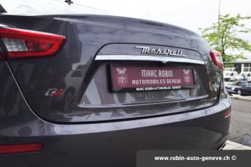 25-marc-robin-automobiles-geneve-rolls-royce-mercedes-vehicules-importations-achat-vente-depot-bentley-porsche